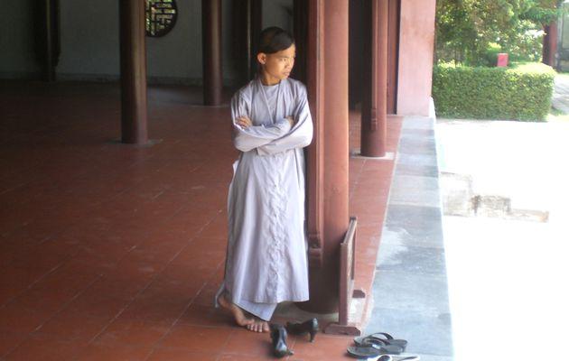Retour au Vietnam: vies d'enfants
