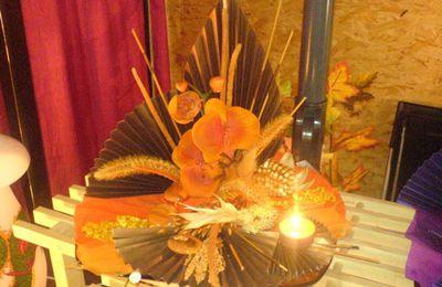 2144- Décoration de table (tons d'automne) avec bougie, fait main Fr. 75.--