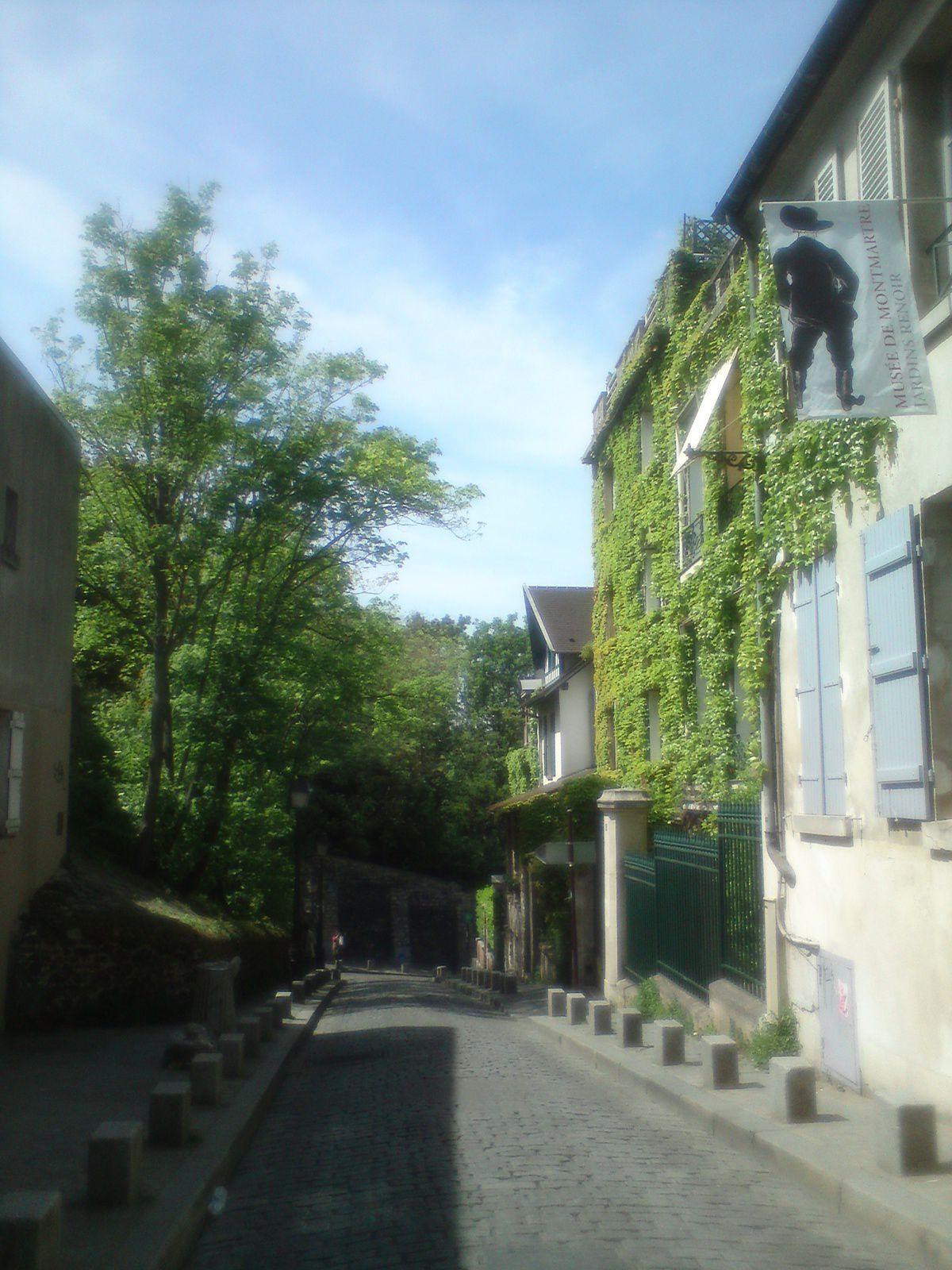 rue Cortot et jardin du musée de Montmartre