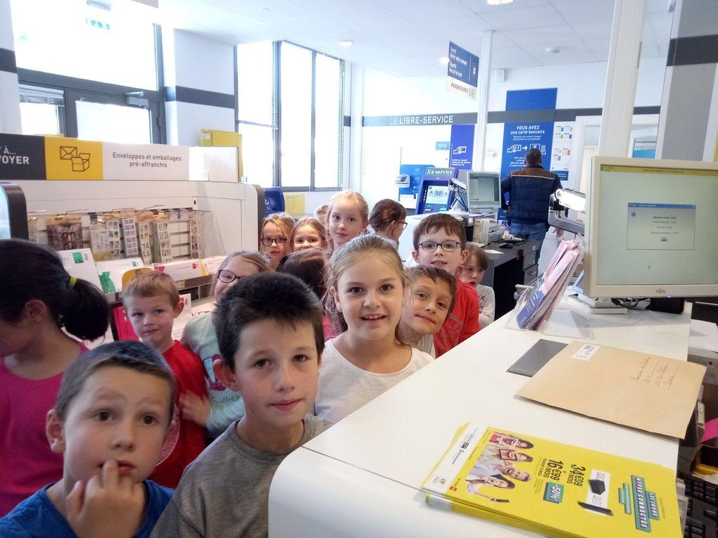 La classe de CP-CE2 participe à la semaine de l'écriture