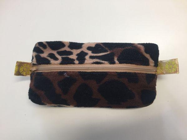 trousse ecolier faite maison, léopard et doré,  DIY - sur charlotteblabla blog