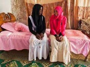 En África, matrimonio para todos ... de los 7 a los 77 años.