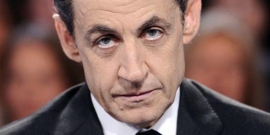 l'UMP se réveille traumatisée par son élimination dans le Doubs ; son président s'envole vers Abou Dhabi