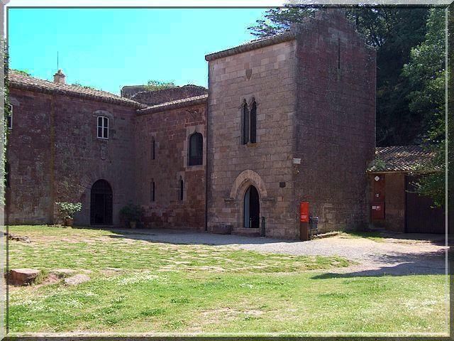 Diaporama monastère fortifié de Sant-Miquel-d'Escornalbou