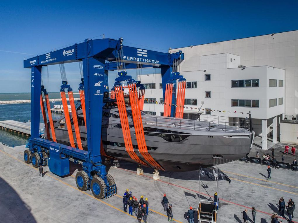 Pershing launches the first unit of its new flagship Pershing 140 !
