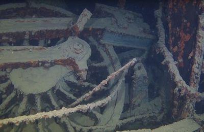 Un train à vapeur découvert au fond d'un grand lac d'Amérique du Nord