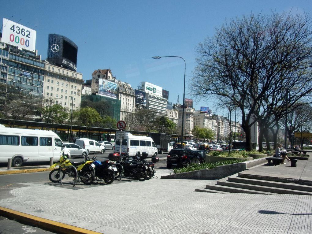Voyage en Argentine.... Arrivée à Buenos-Aires... Une matinée de visites sommaires puis restos, repos et tango.