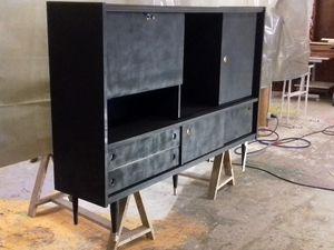 Relookage de meuble par l'artiste KESA