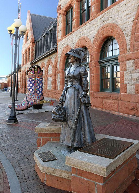 Diaporama Sculptures Depot Plaza (cherchez l'erreur !)