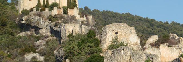 Saint-Saturnin-lès-Apt (2) : Le château, la chapelle et les ruines de l'ancien village / Balade dans le Vaucluse