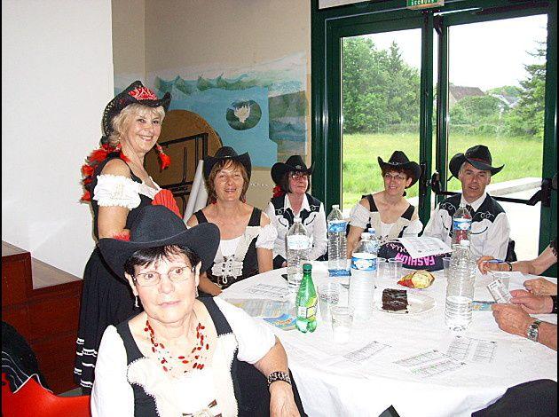 Countryades à Clémont 18 très belle après midi très beau bal bien organisé, merci a C Berry Dancers en particulier à Véronique & Lionel Photos de C Berry Dancers.