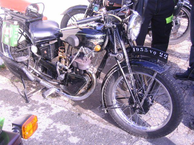 Bourse exposition moto ancienne à TRILPORT (77) -012