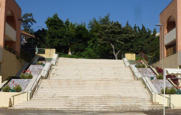 Esplanade du Musee Cheret / Nice (06)
