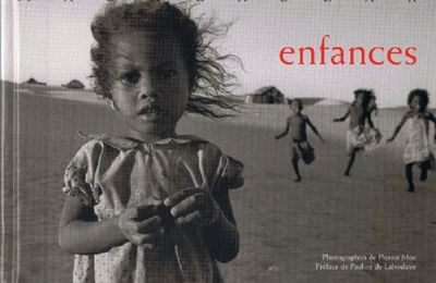 Enfances - Pierrot Men