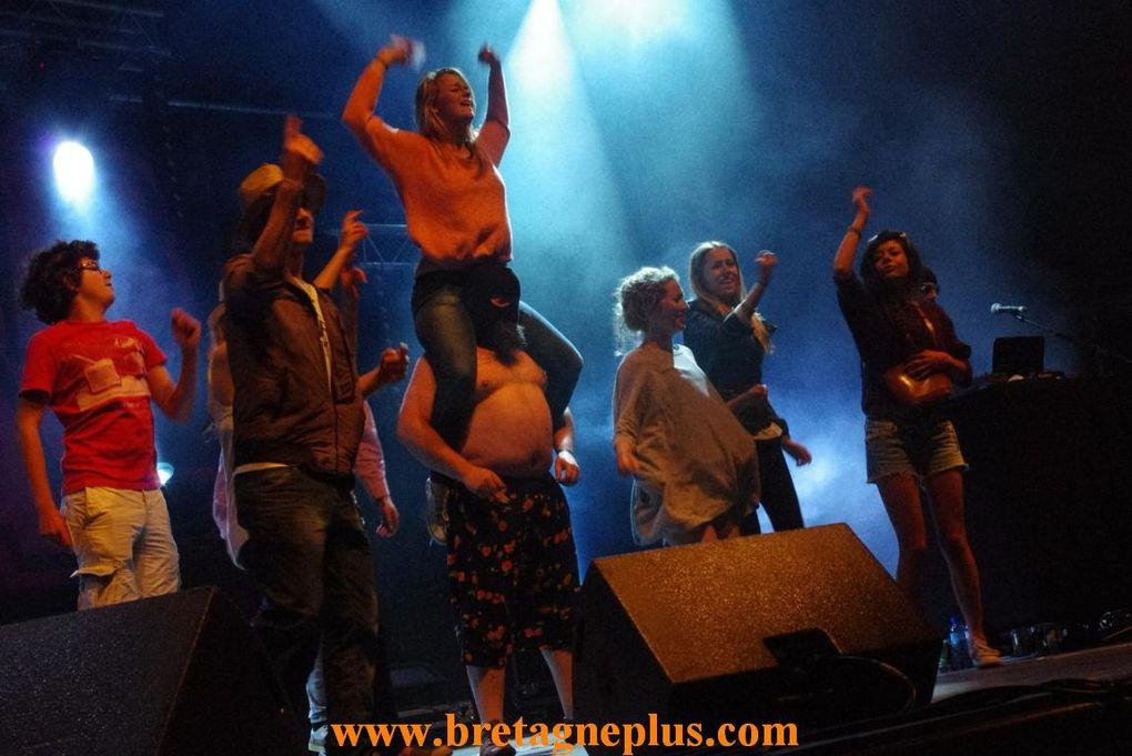 Samedi 6 juillet, se déroulait la seconde journée du Festival L' Armor à Sons, de Bobital