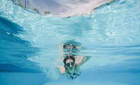 Plouf et re-plouf à la piscine des Migneaux