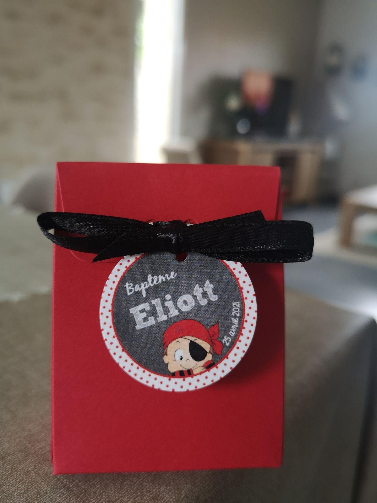 étiquette non adhésive 35mm #efdcbysoscrap création originale et sur mesure pirate pois rouge et ardoise à personnaliser