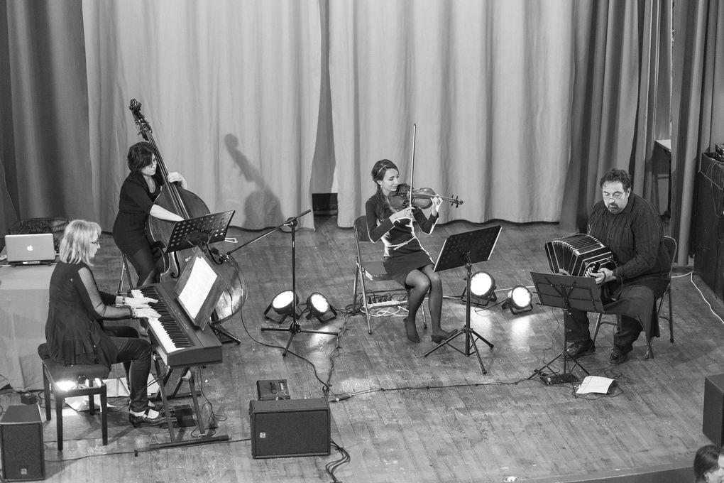 Pavadita avec l'Orchestre Chiquilin