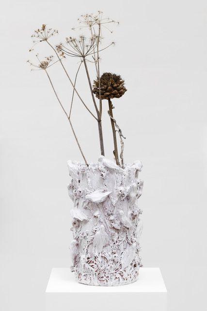 Vase, une exposition collective entre art contemporain et design à la galerie Alain Gutharc