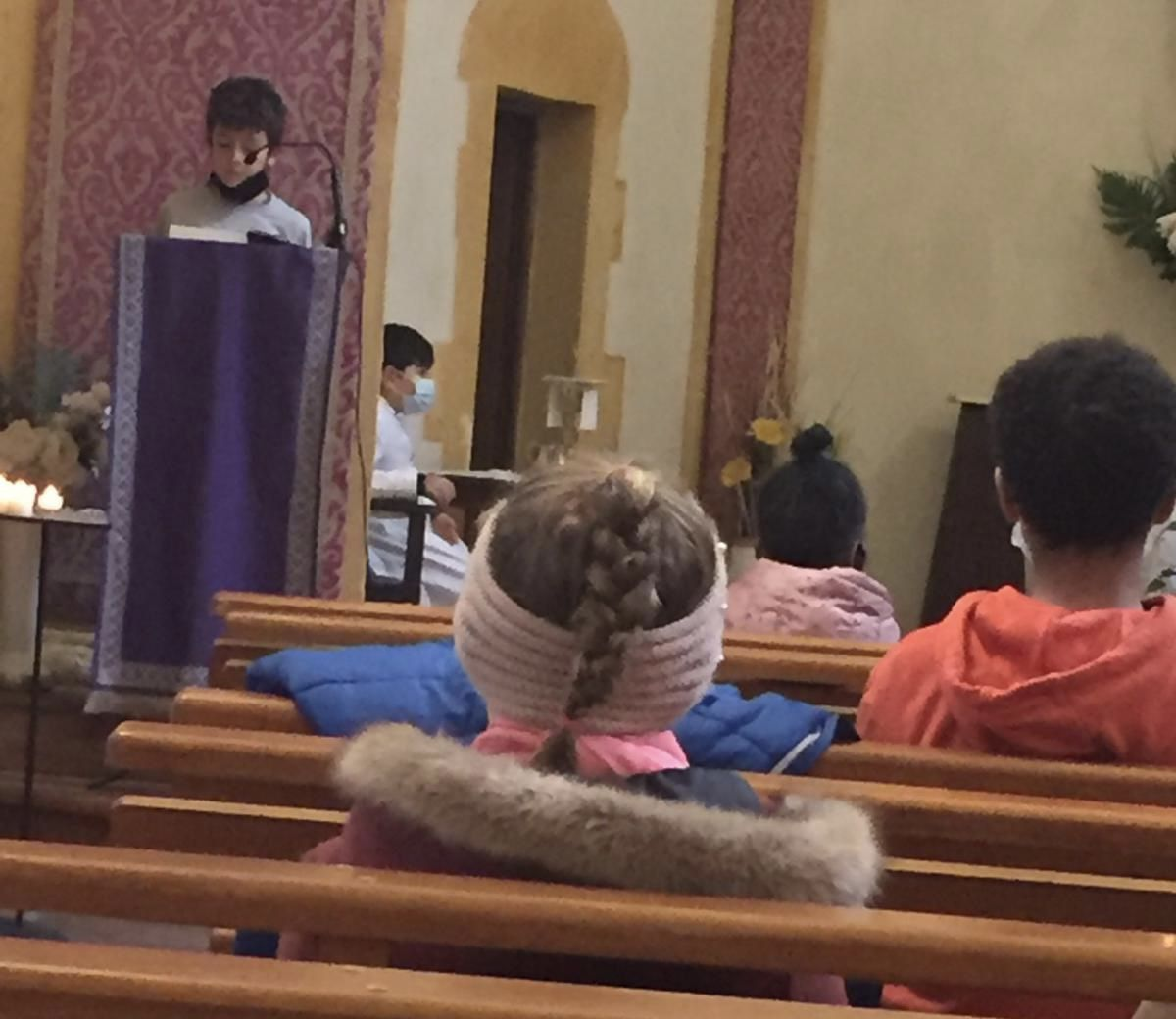 Le KT a repris ce matin par une Messe.