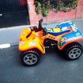 ATV SUZUKI QUADRACER MOTO QUAD HOT WHEELS 1/64. - car-collector.net: collection voitures miniatures
