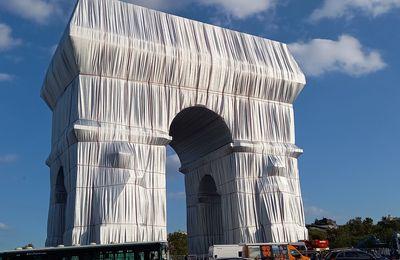 CHRISTO et JEANNE-CLAUDE - Arc de Triomphe PARIS 1961 - 2021