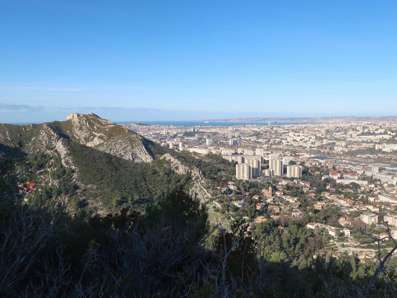 Très belle randonnée , une autre vision de Marseille , merci Gérald
