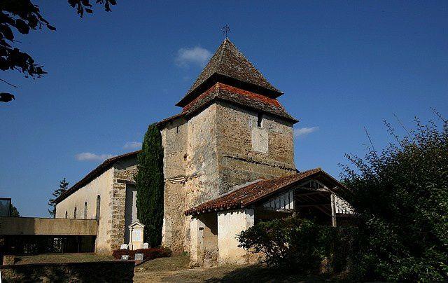 Diaporama église fortifiée de Bougue