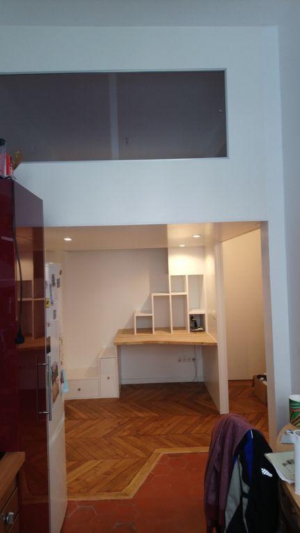 Je vous aide à optimiser les petits espaces en créant des espaces sur mesure comme des mezzannines, bureaux, placards, etc ...