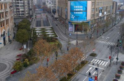 """D'après Philippe Klein, médecin français à Wuhan : """"L'épidémie est terminée en Chine, la vie a repris son cours"""""""