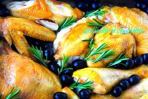 Poulet au Vin Blanc, au Romarin et aux Olives