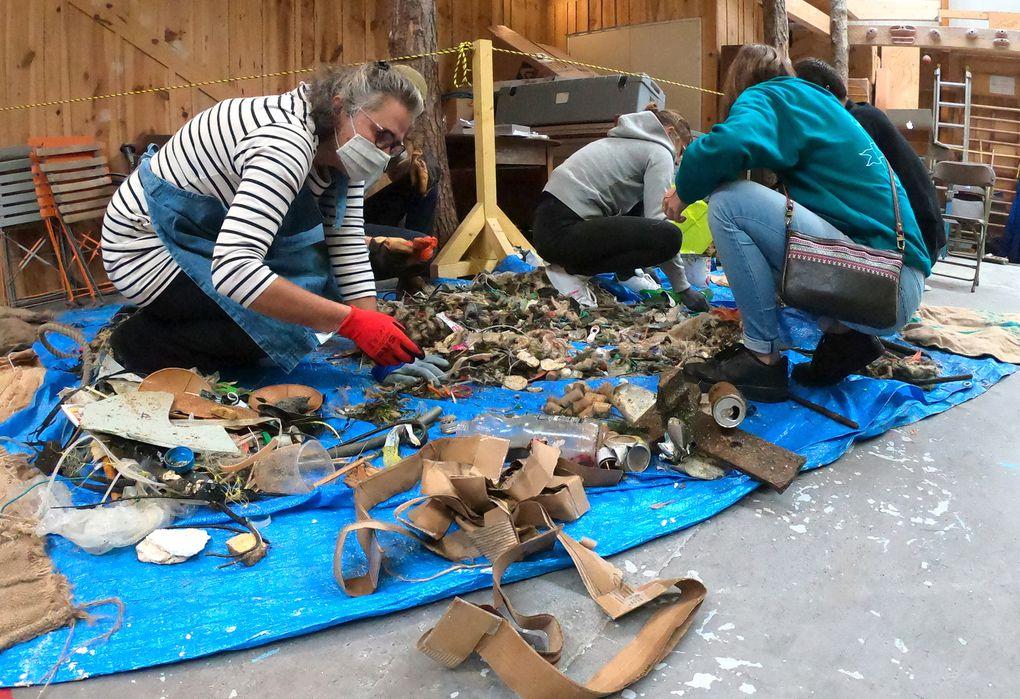 Création de capsules à partir déchets collectés avec 4P SHORE ET SEAS sur la plage des Minimes