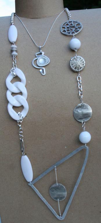 Bijoux en fil d'aluminium martelé ou pas