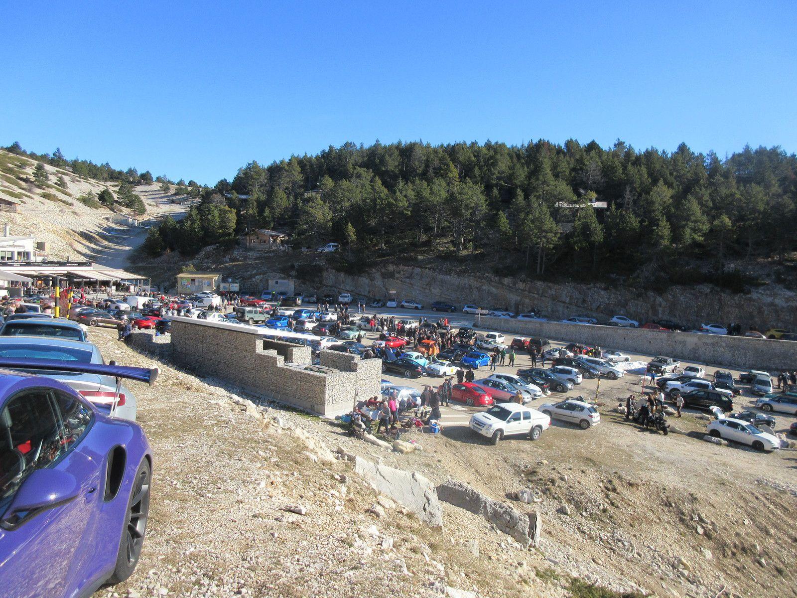 Mont Ventoux, le tour des chalets seulement, parce que les stations de sport d'hiver seront ouvertes... mais sans les remontées mécaniques.