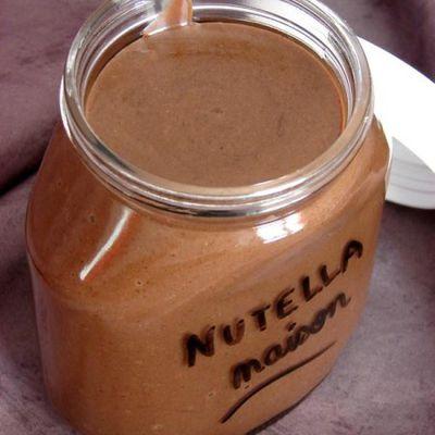 La recette du nutella maison à faire avec les enfants : simple et bon