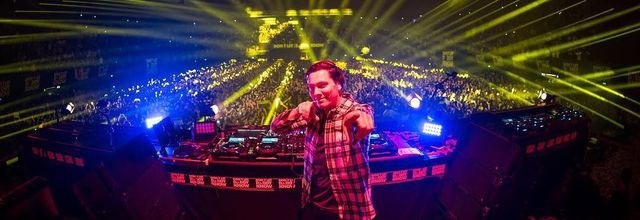 Tiësto photos X vidéo   Don't Let Daddy Know   Amsterdam, Netherlands - March 01, 2019