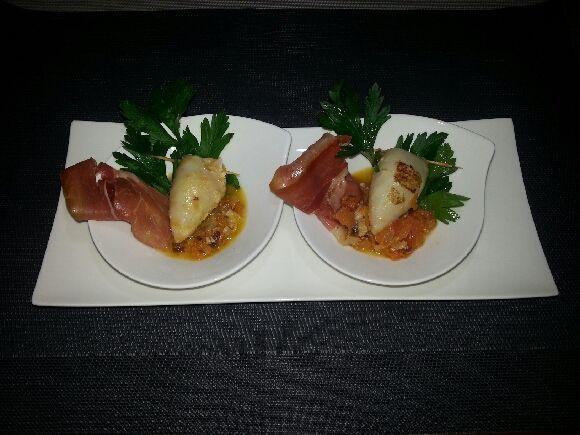 Calamars farcis au jambon cru