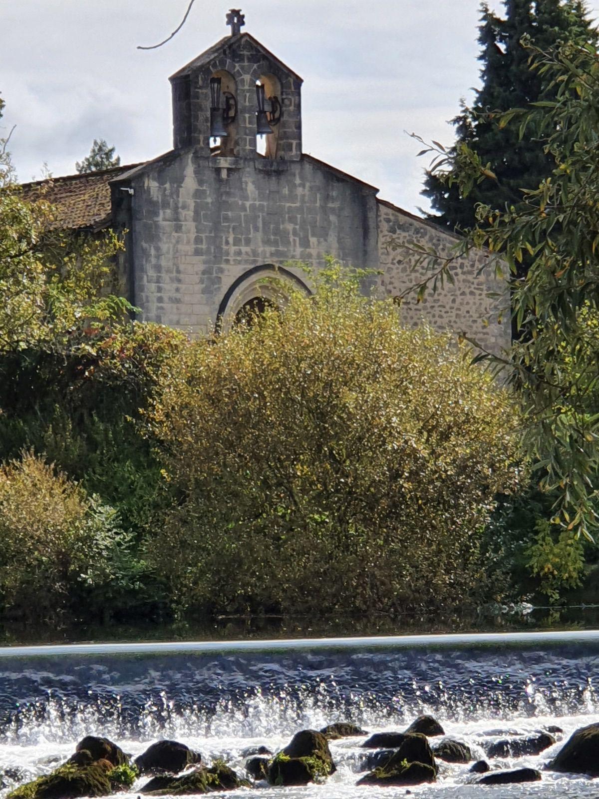 Un moulin , une rivière ...