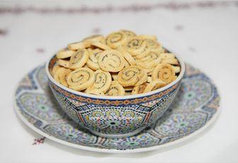 Ma nouvelle version de Fekakess d'Achoura est à la moutarde et pavot   http://www.culinaireamoula.com/article-fekakess-a-la-moutarde-et-pavot-recette-d-achoura-120993669.html