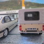 FASCICULE N°6 RENAULT 4 F6 PICK-UP BACHEE 1983 UNIVERSAL HOBBIES 1/43 R4 F6 PICKUP BACHE - car-collector.net