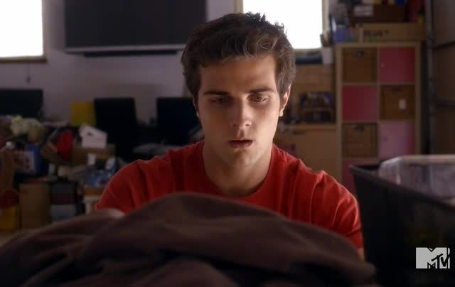 Critiques Séries : Awkward. Saison 4. Episode 2. Listen to This.