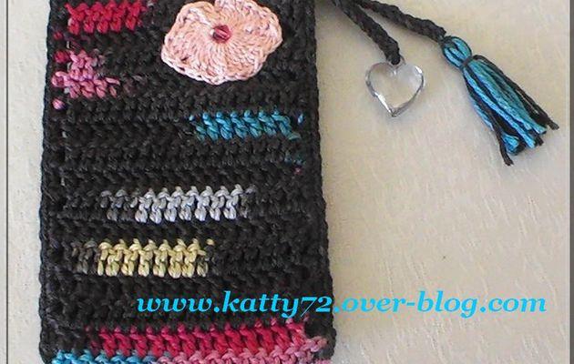 Crochet : Pochette pour portable