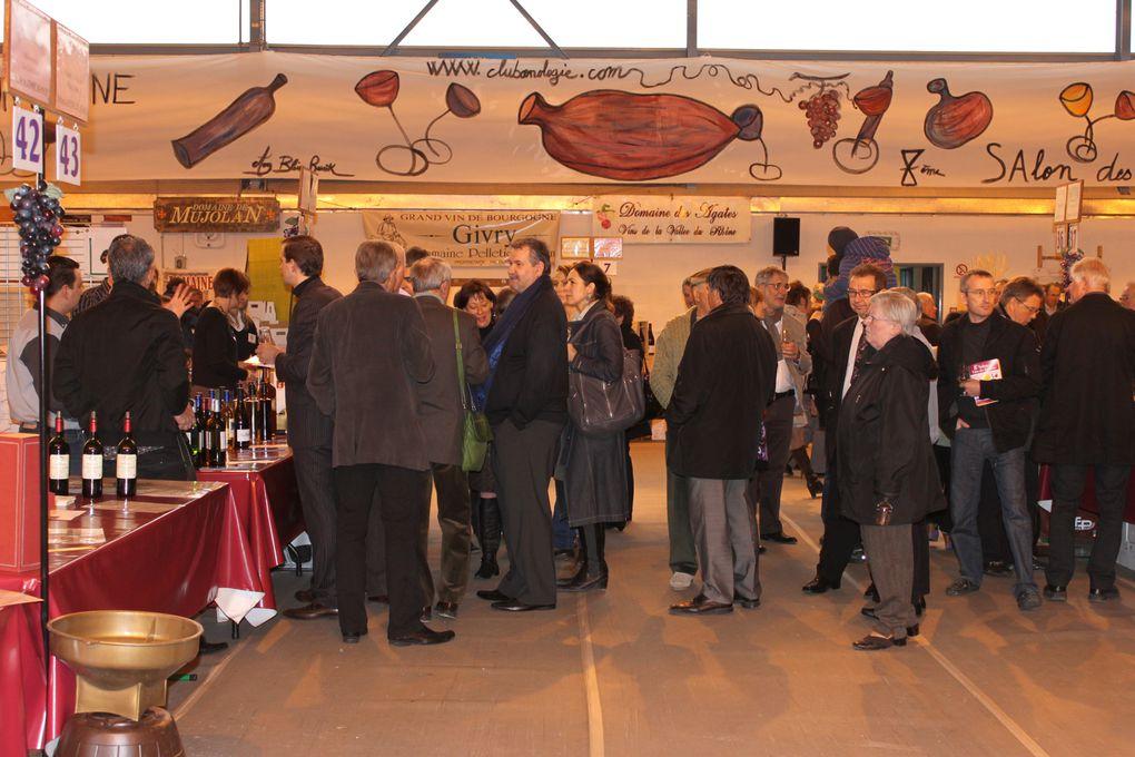 Soirée moules frites avec des producteurs de vins. Inauguration du salon des vins.