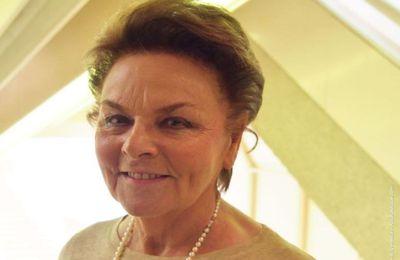 Groupe Bénéteau - Annette Roux reçoit le Grand Prix de l'Economie 2018 des Echos