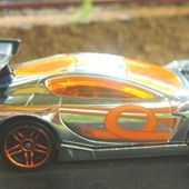 SYNKRO HOT WHEELS 1/64 VOITURE MINIATURE COLLECTION CAR-COLLECTOR - car-collector.net