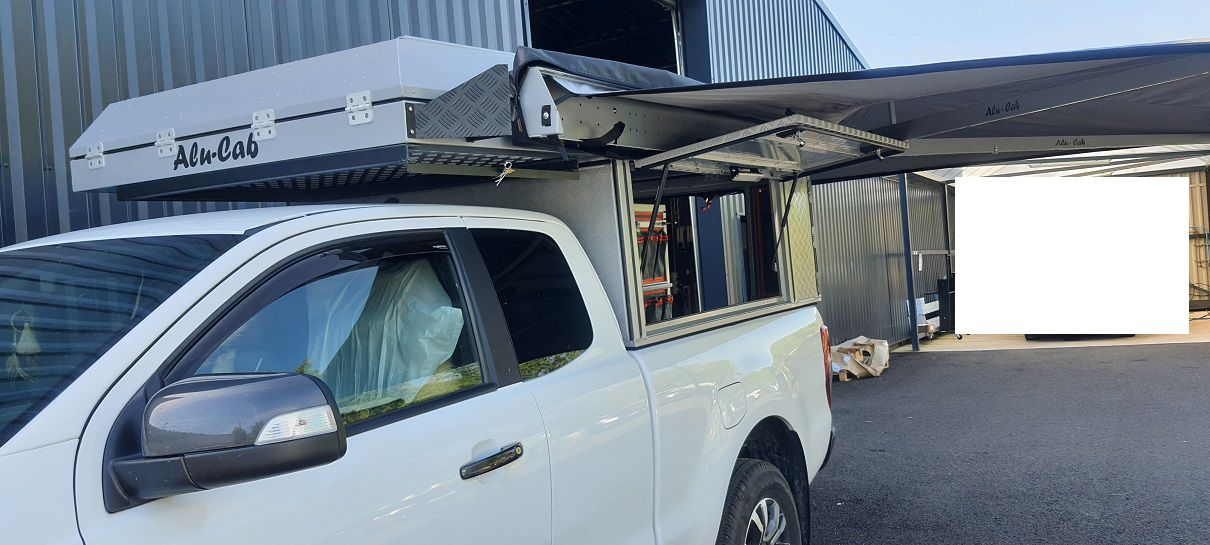 installation cellule canopy camper alu-cab par nissan cahors sur ford ranger