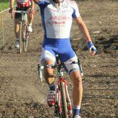 Cyclo cross de Forges à Saint-Eloi (58) - 2014 : Luc LUTSEN (VC Toucy) devant Yannick MARTINEZ (Europcar) et Loic FORESTIER (Guidon Chalettois) + Classements + photos - (Bernard ROY - Jacky BALLAND - Laurine PHILIPPE - Daniel MORLEVAT) - Les actus du cyclisme