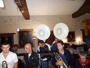 Après la partie musicale.......le chant....... sous l'oeil et surtout l'oreille avisée de Martin !!!
