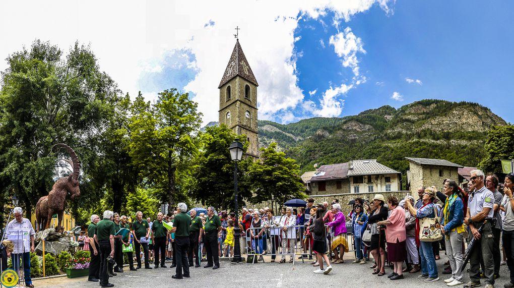 Colmars-les-Alpes se pare d'une sculpture remarquable  et remarqué !