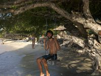 Gili Trawagan: sunset on the Gunung Agung and a few pics to show how stressed I have been...